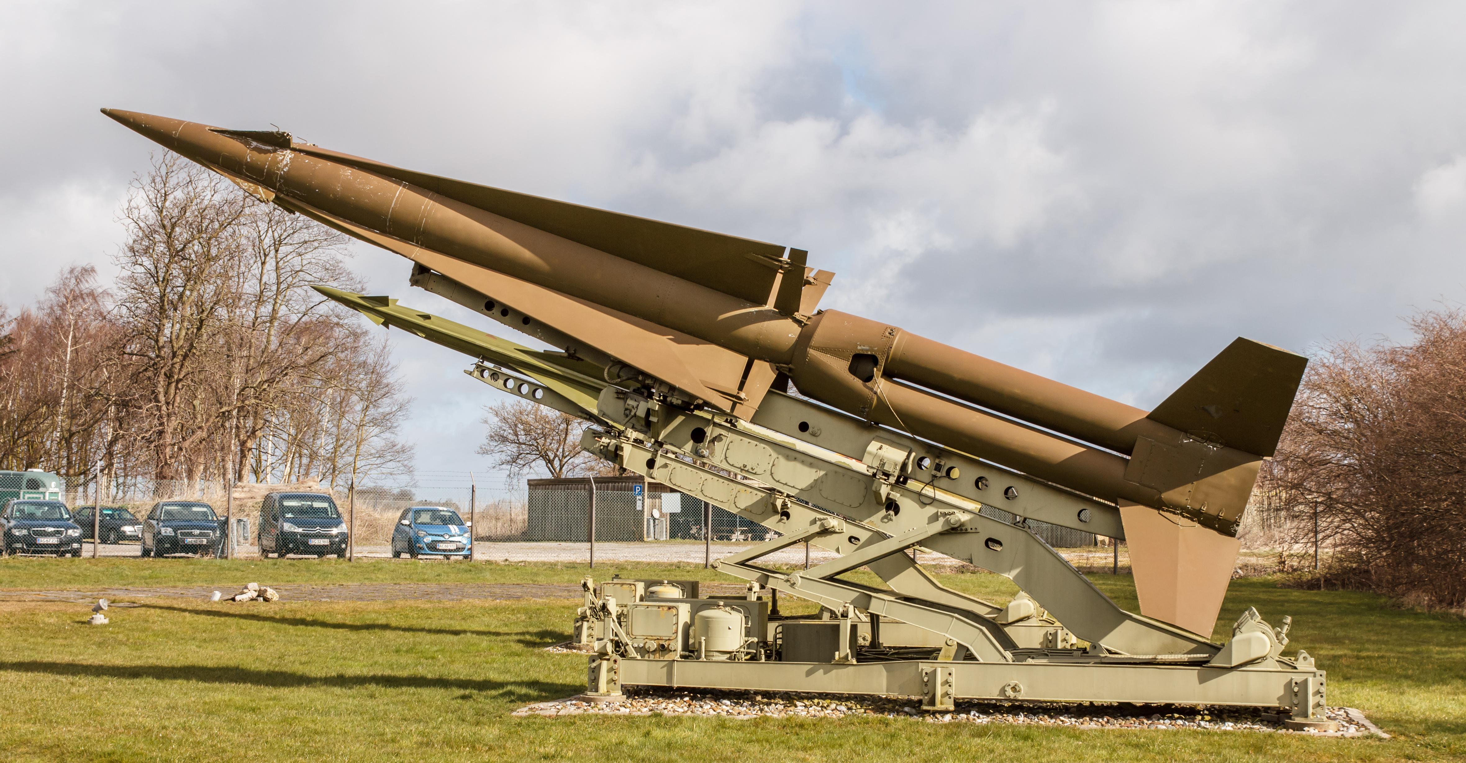 skipper Perversione Campagna  File:MIM-14 NIKE Hercules, Stevnsfort Cold War Museum, Denmark-4835.jpg -  Wikimedia Commons