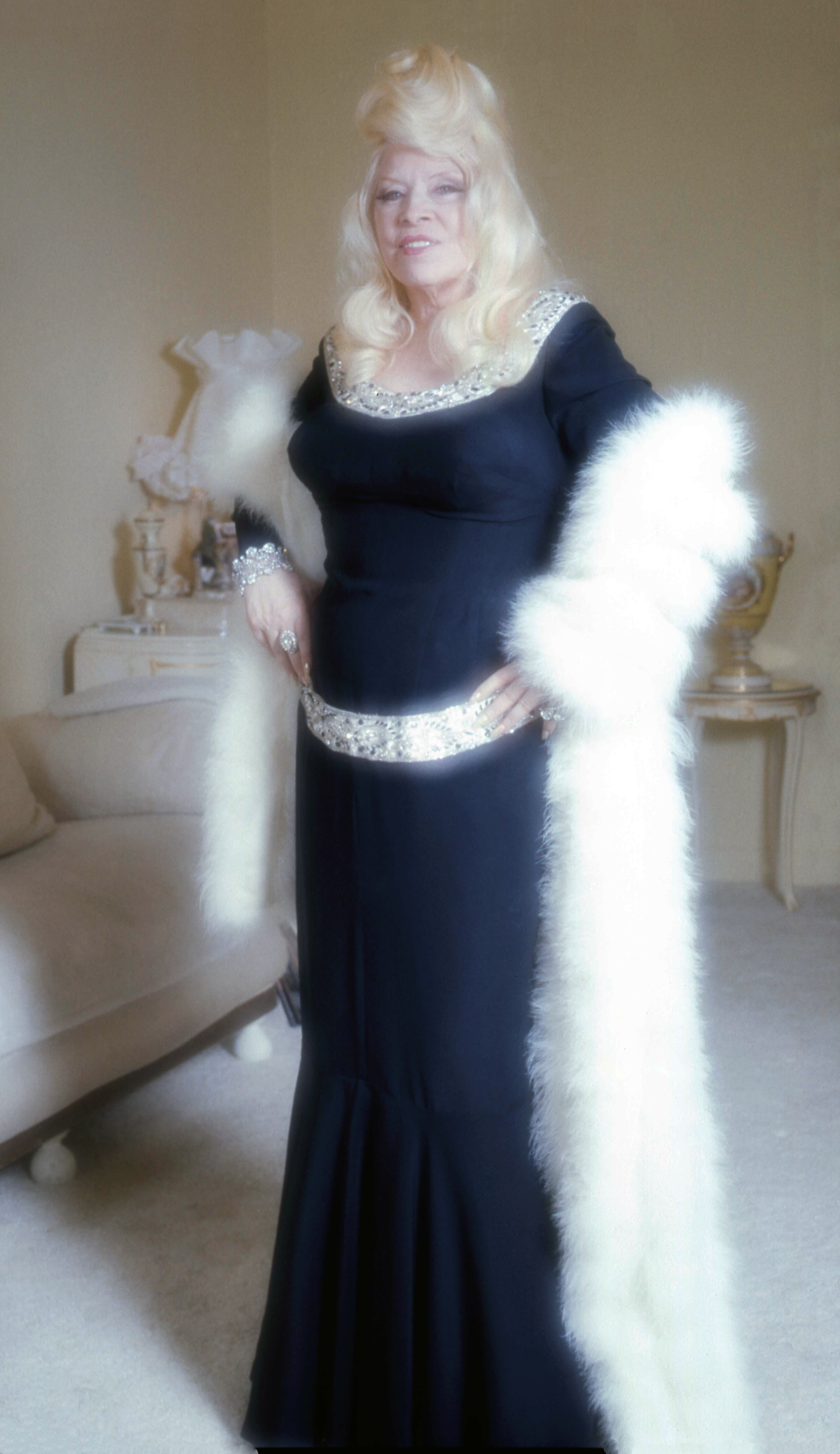 Mae West - Wikipedia
