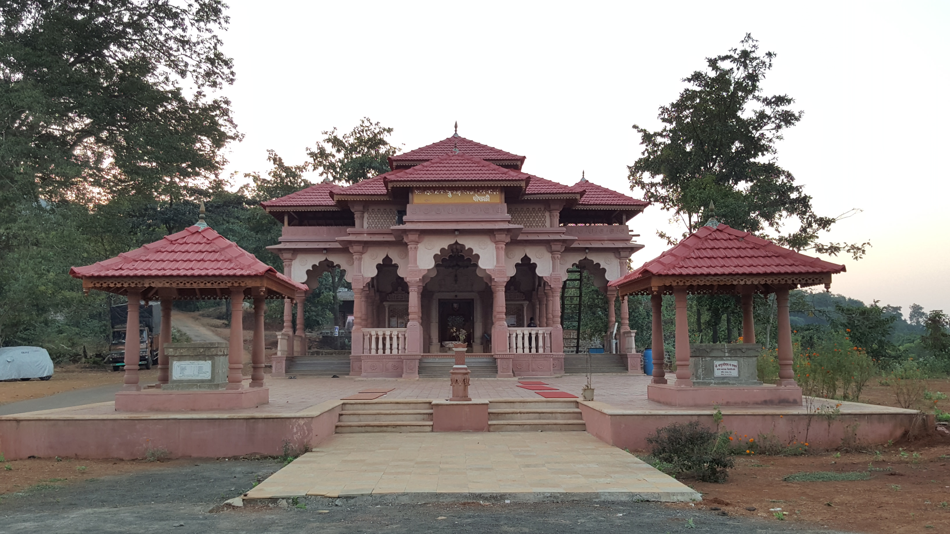 File:Mahakali temple jpg - Wikimedia Commons