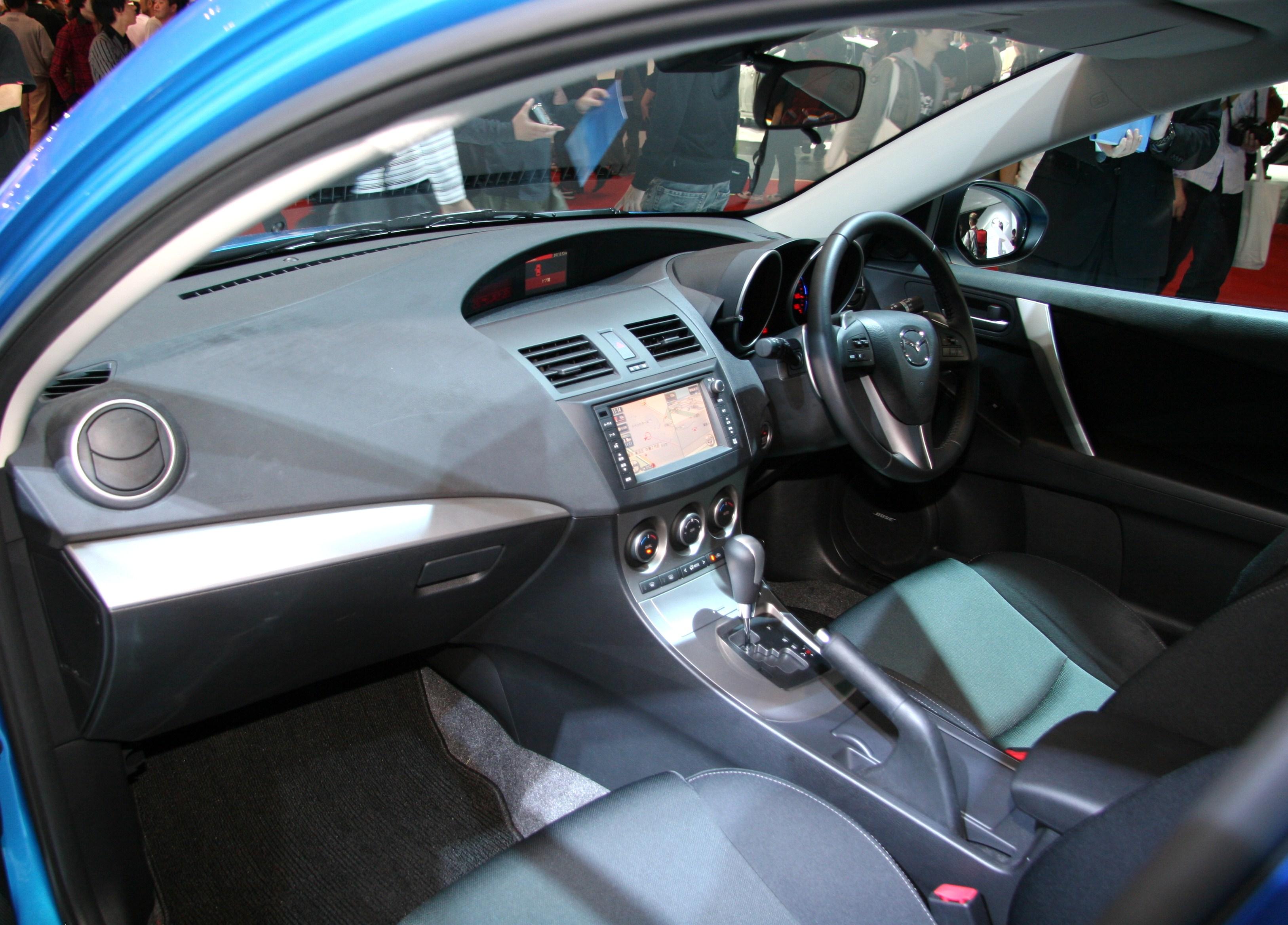 mazda 2 2009 interior