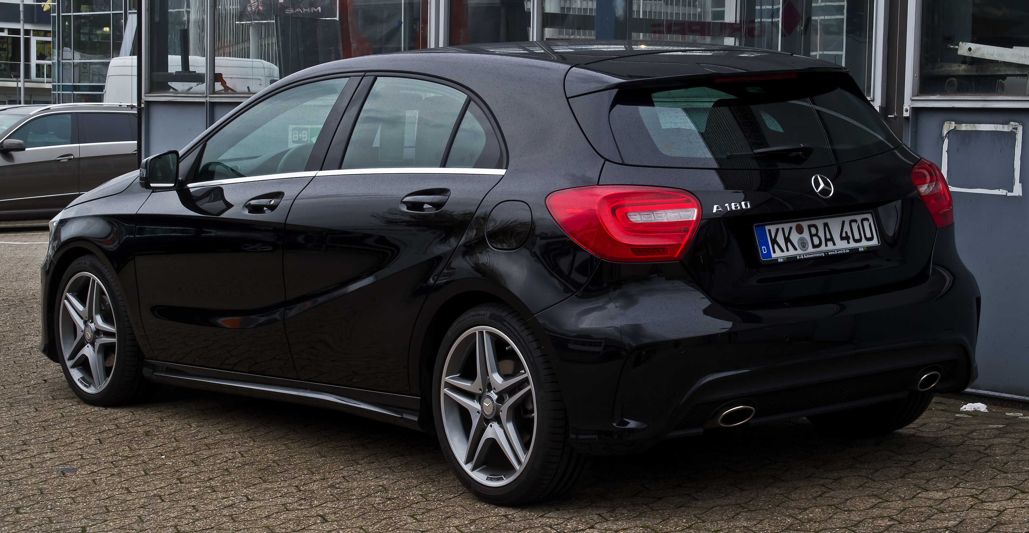 file mercedes benz a 180 amg line w 176 heckansicht 14 november 2015. Black Bedroom Furniture Sets. Home Design Ideas