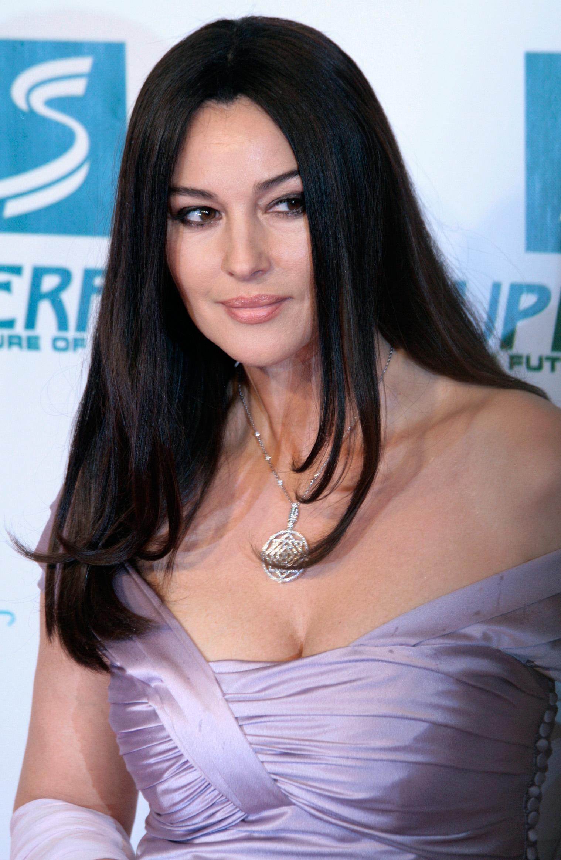 Monica bellucci nude under suspicion 4