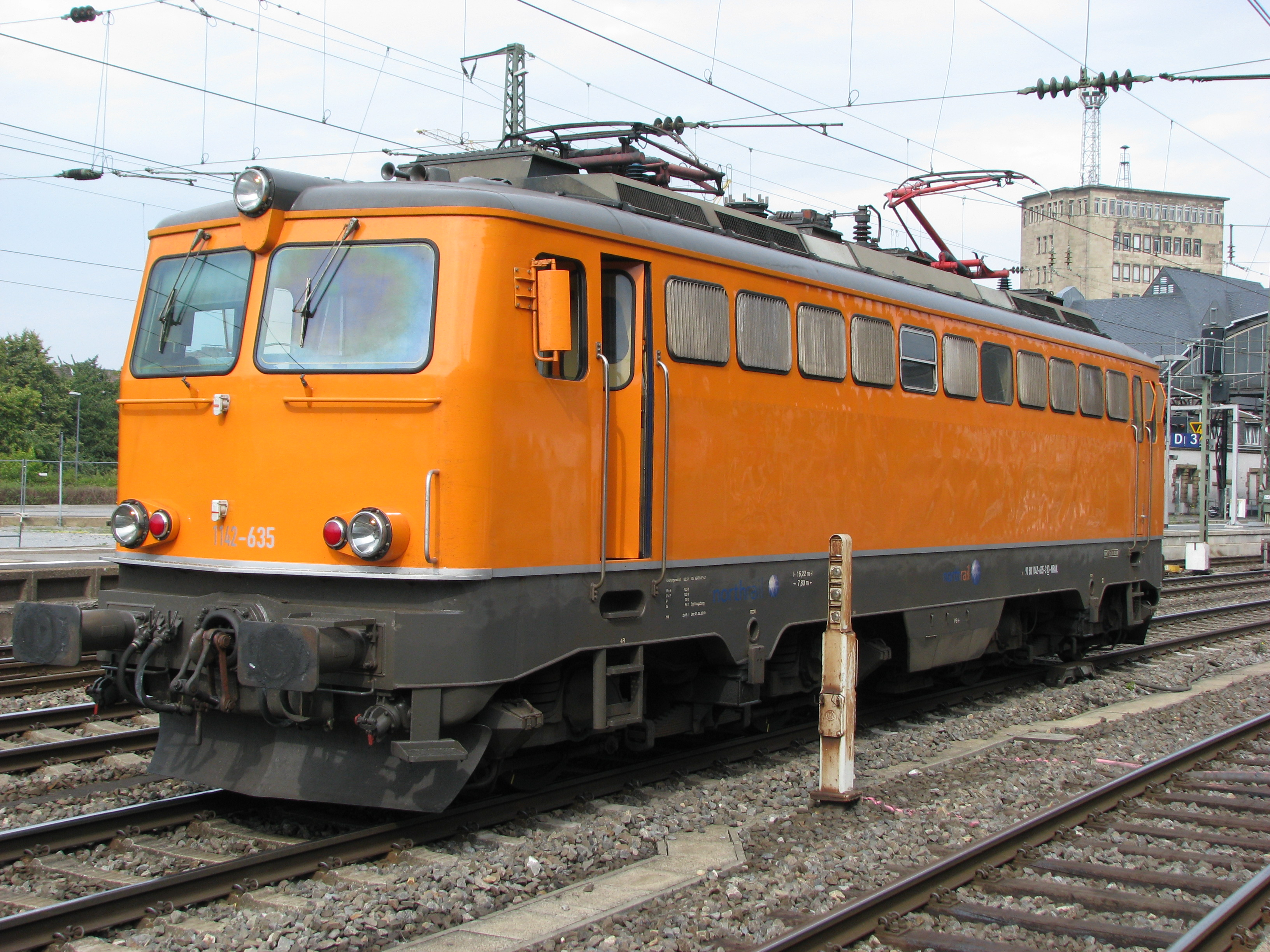 File:Northrail 1142-635.jpg