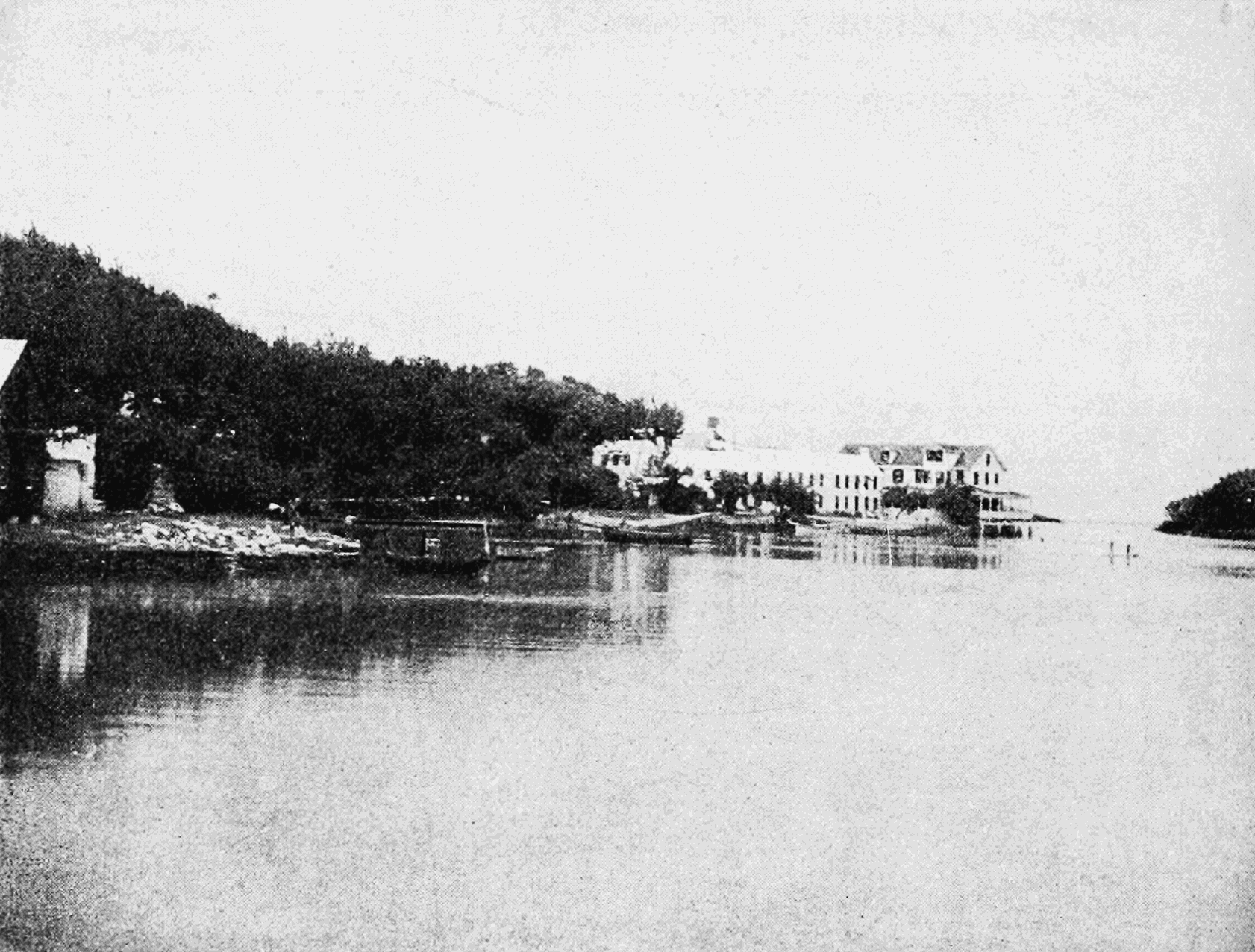 PSM V66 D562 Hotel frascati on the inlet.png