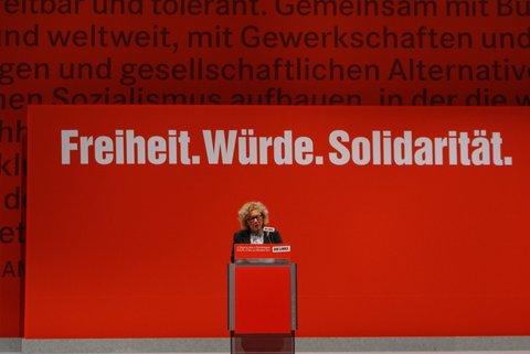 File:Parteitag mit Sabine Lösing.jpg