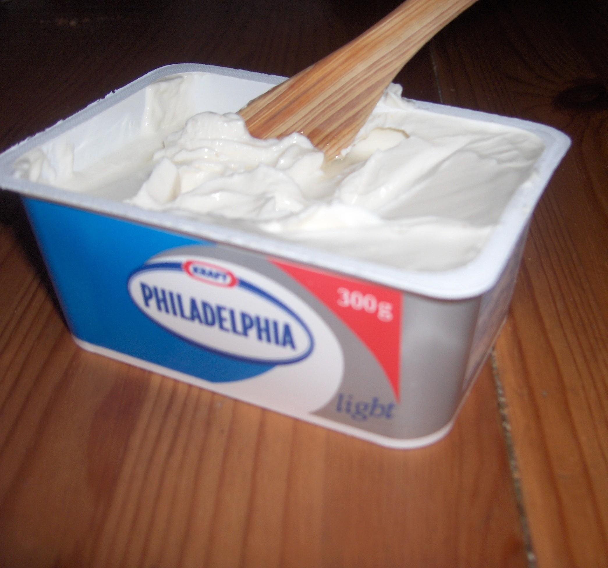Philadelphia Cream Cheese Cake Pops
