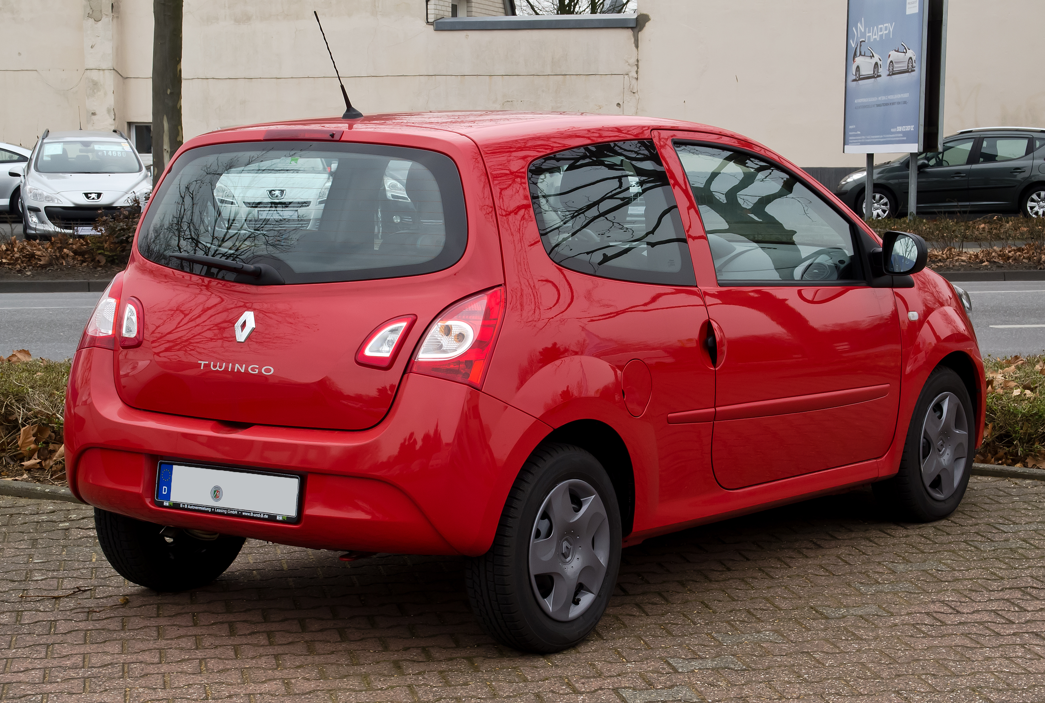 file renault twingo facelift heckansicht 3 m rz 2012 wikimedia commons. Black Bedroom Furniture Sets. Home Design Ideas