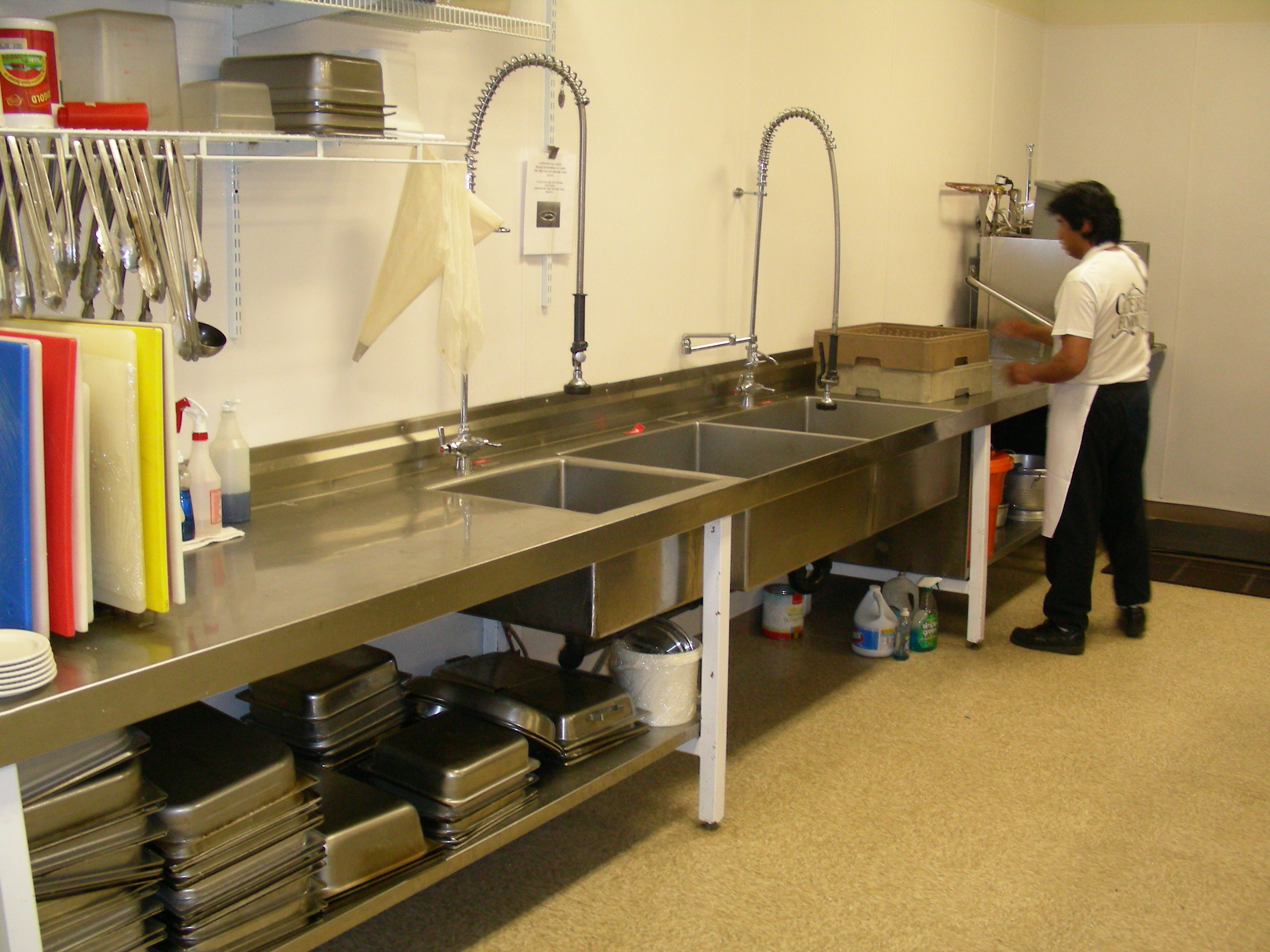 Commercial Kitchen Sink With Drainboard