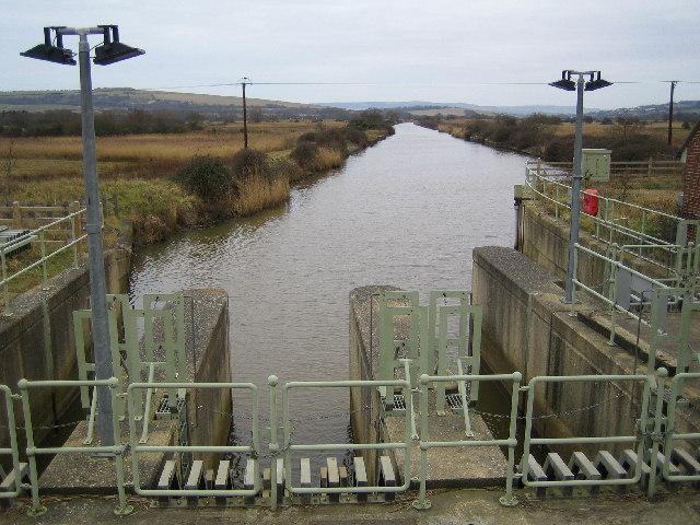River Yar - geograph.org.uk - 120708