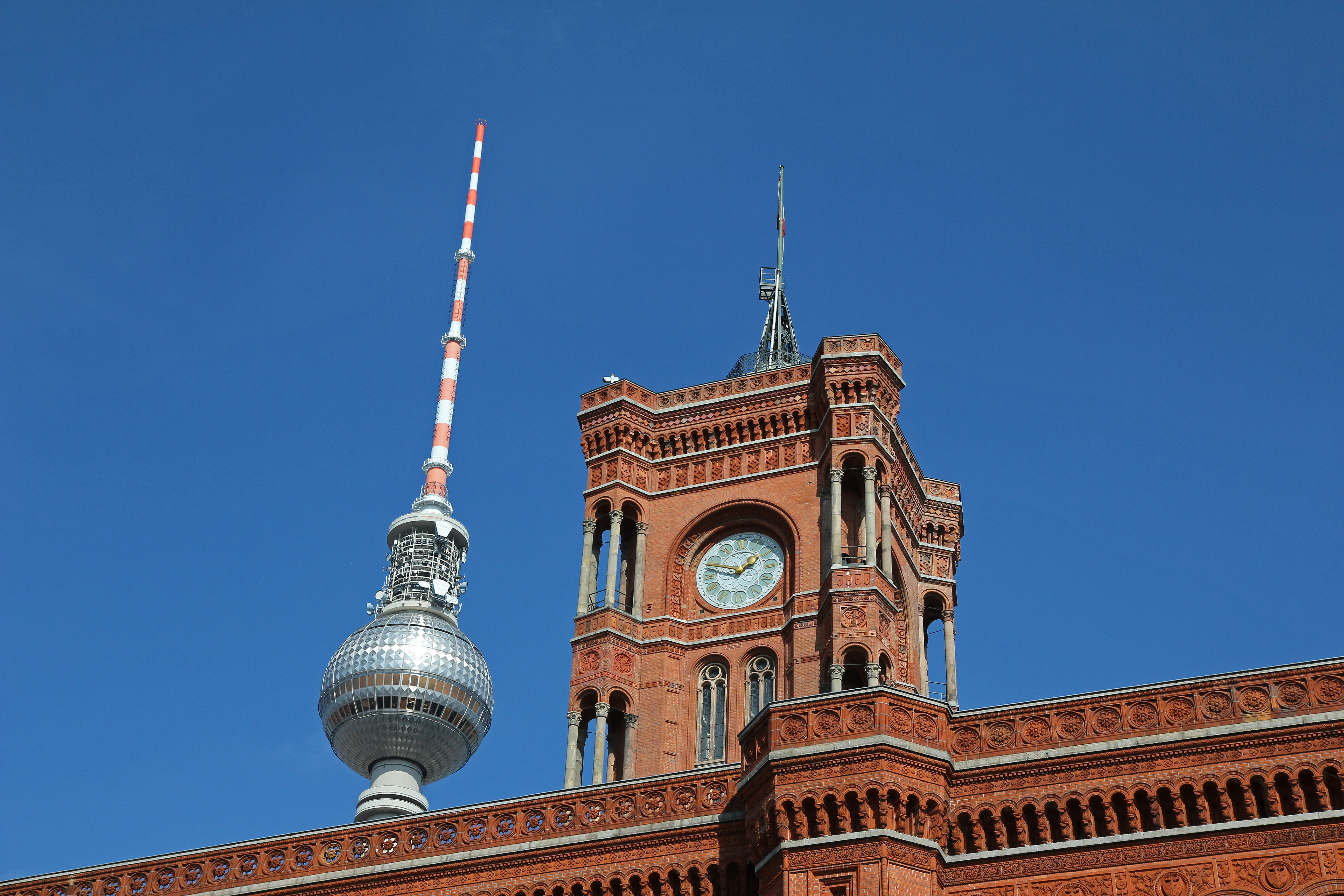 reddit-top-2.5-million/berlin.csv at master · umbrae/reddit-top-2.5 ...