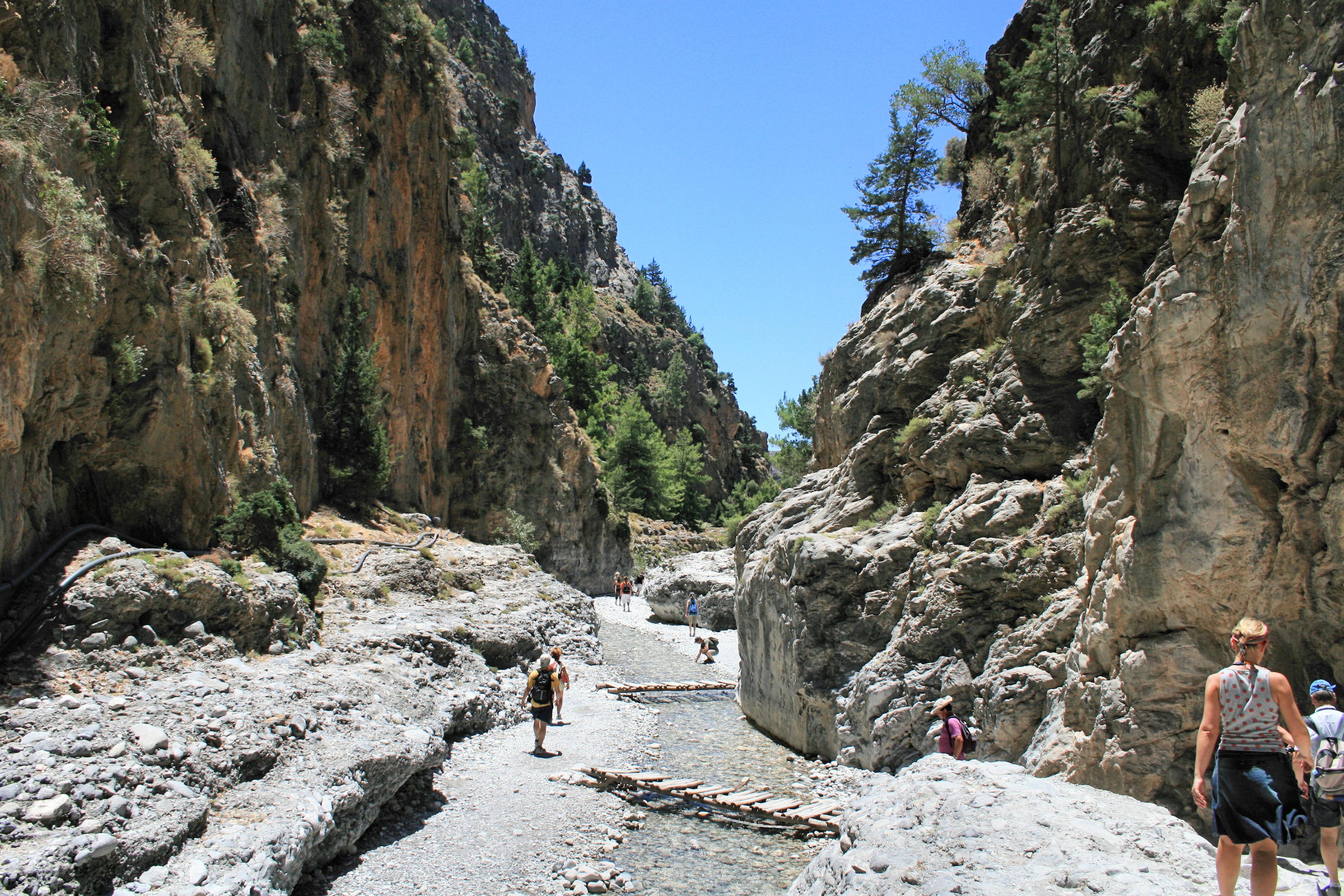 File:Samaria Gorge 17.jpg - Wikimedia Commons