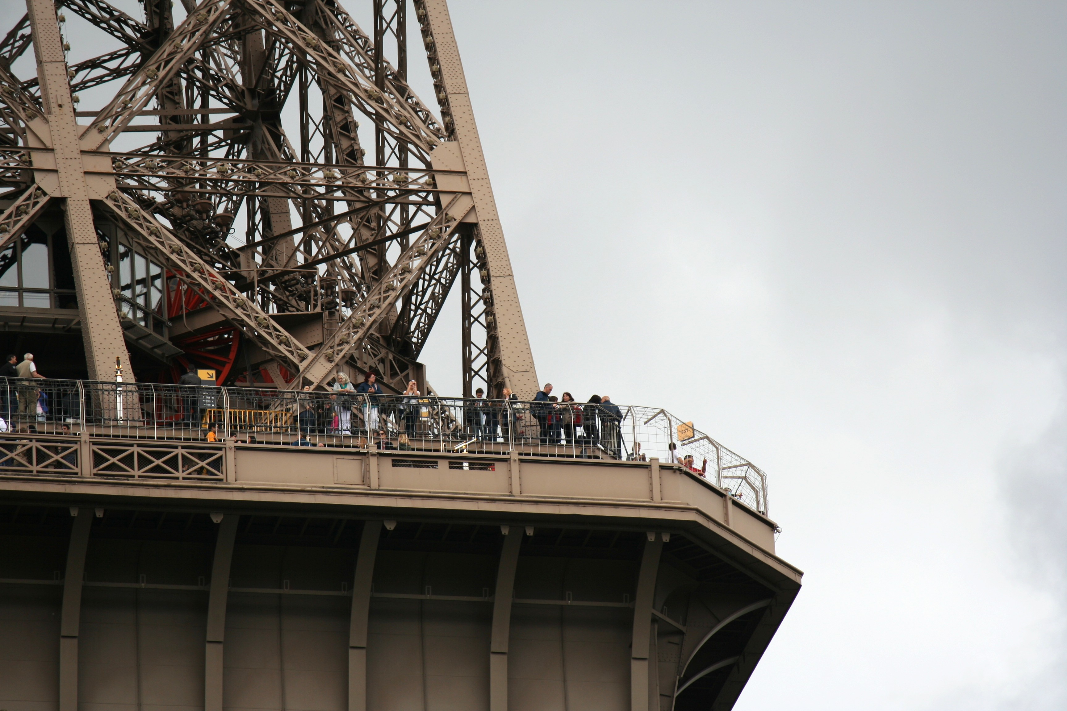 File second floor of the eiffel tower for Floors of the eiffel tower