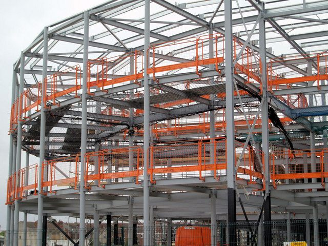 filesteel frame to new school complex geographorguk