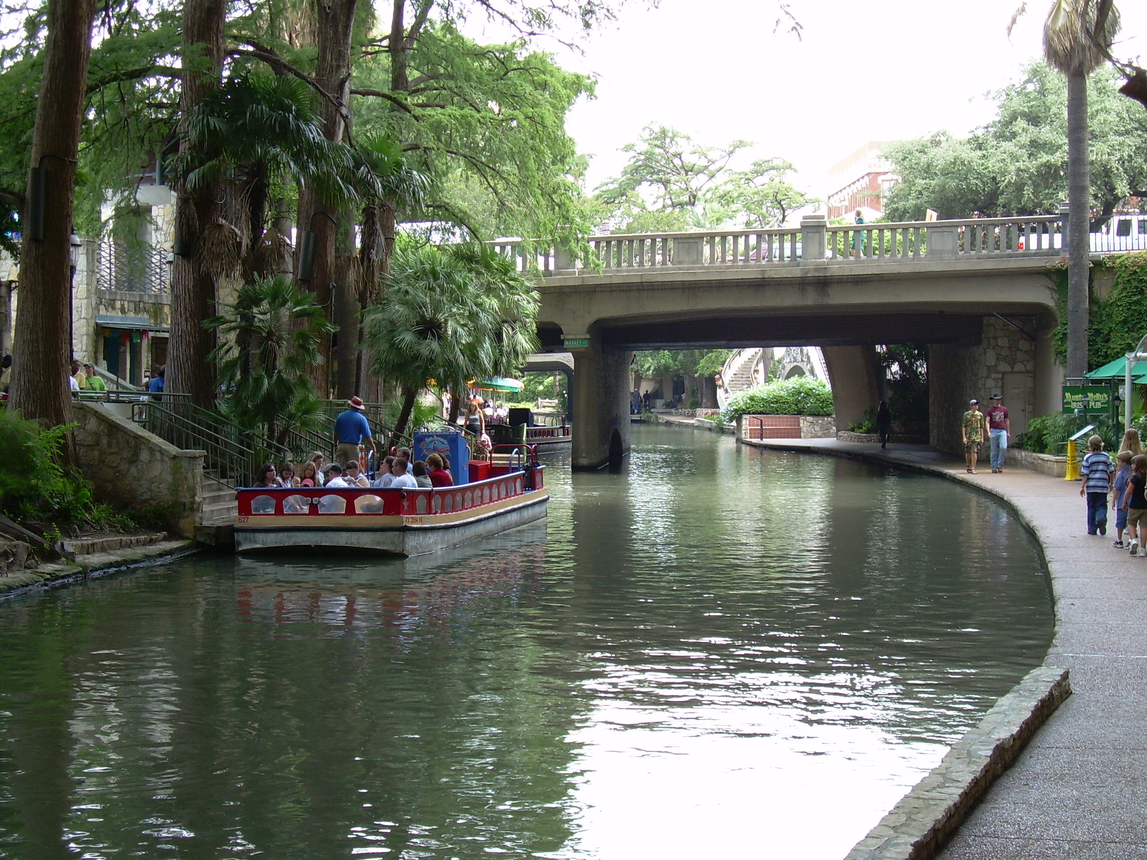 File The San Antonio River Walk Jpg Wikipedia