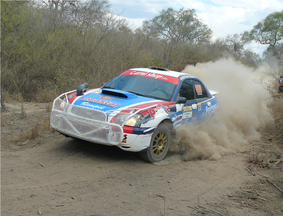 http://upload.wikimedia.org/wikipedia/commons/a/a7/Thomas_Klassen_-_3ra_Etapa_-_Trans-Chaco_Rally_2009.jpg
