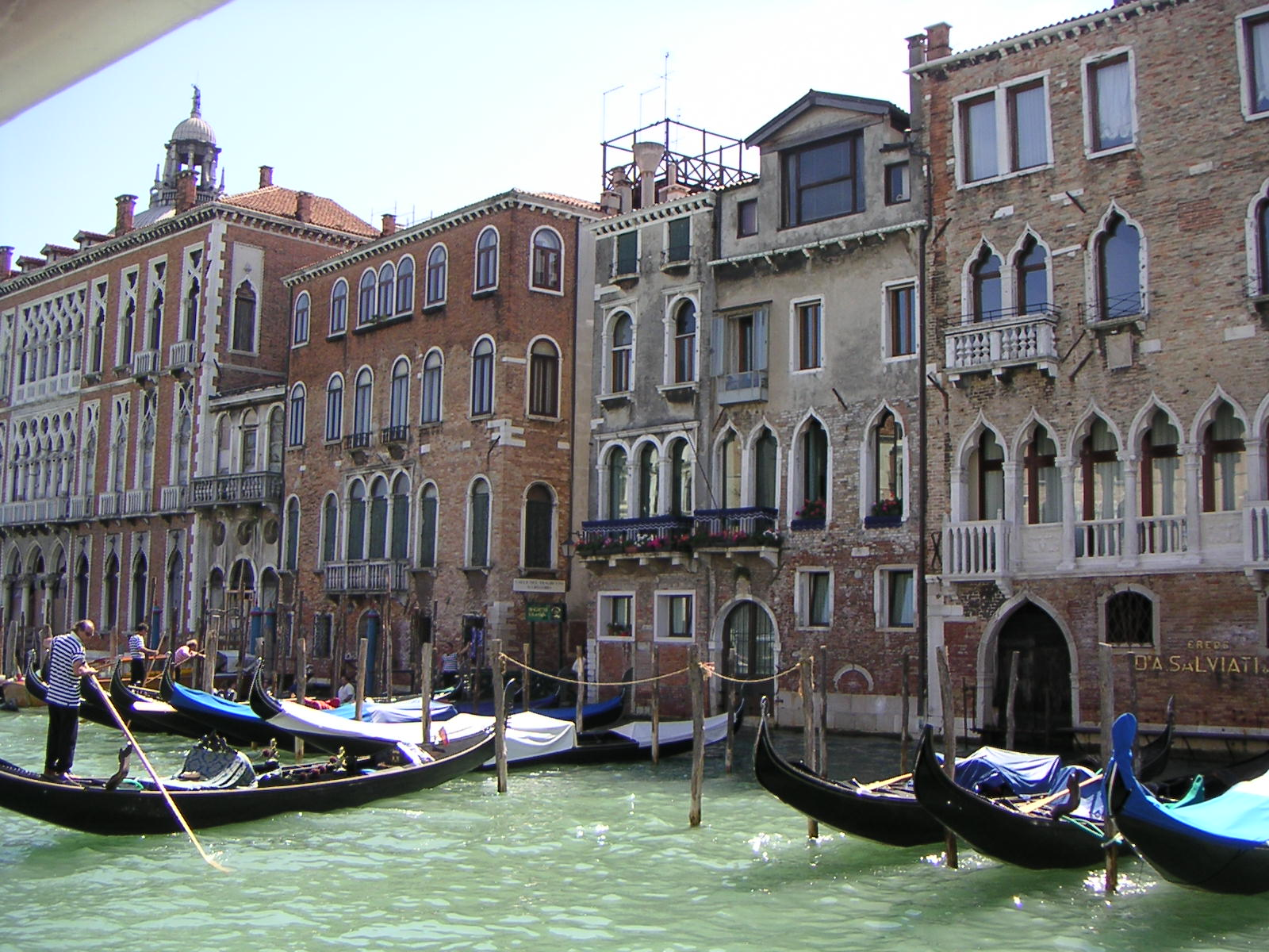 venetie online dating Find travel agency, historical places, hotels, resorts, restaurants, upcoming events, festival, movies, travel agency, attorneys, doctors, jobs, real estate market and local weather forecast.