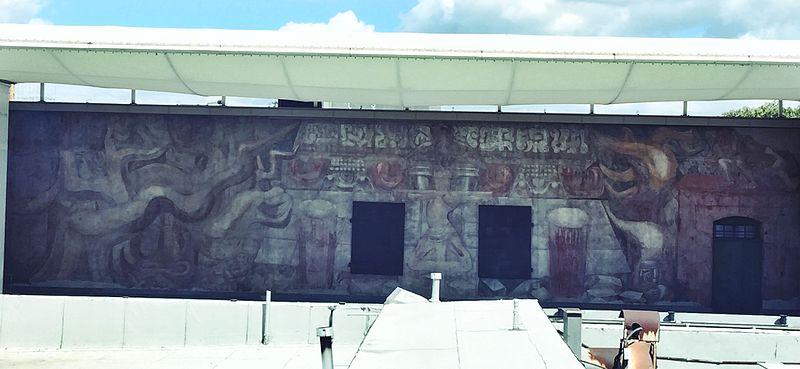 Am rica tropical oprimida y destrozada por los for American tropical mural