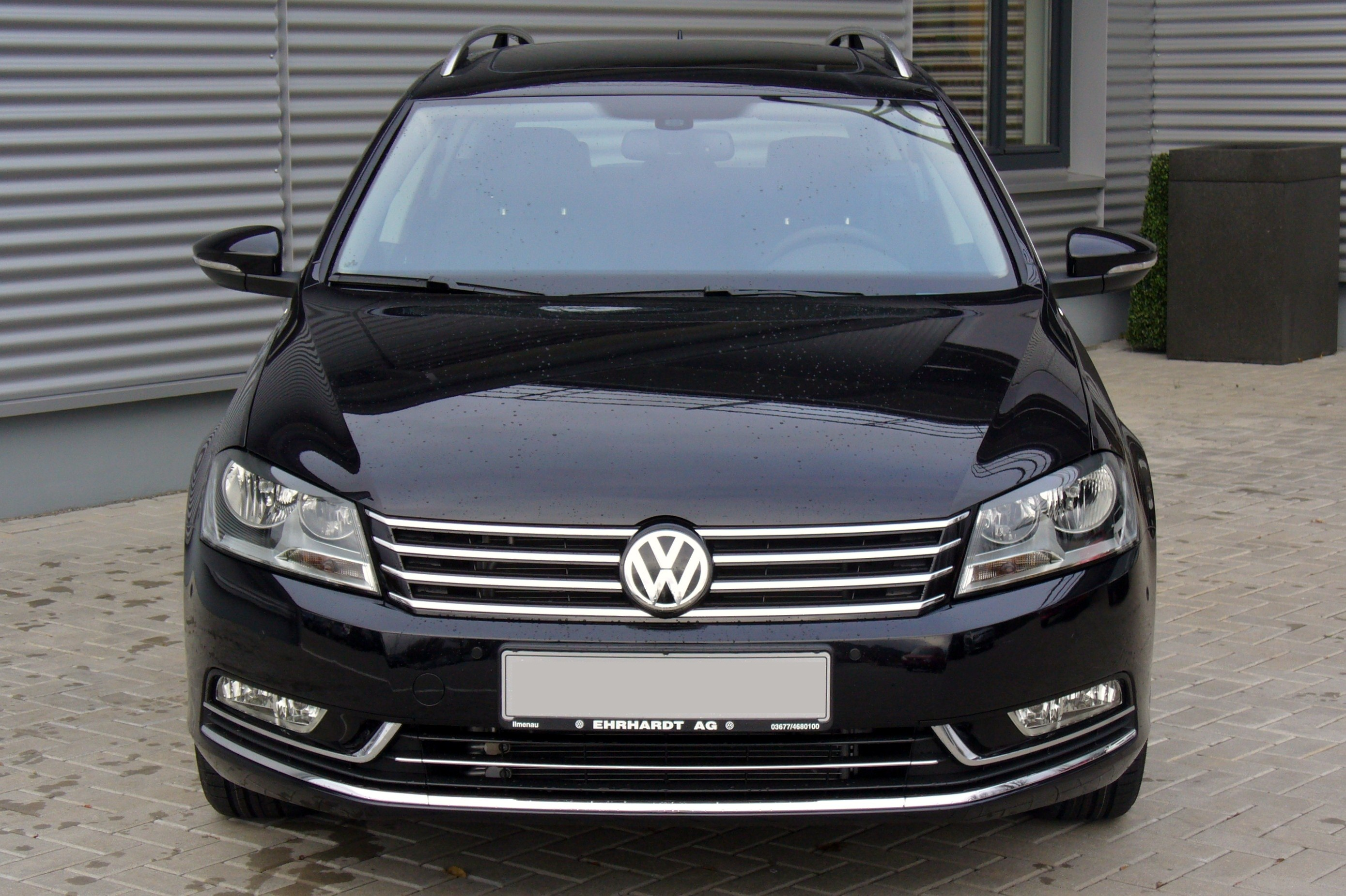 file vw passat variant b7 2 0 tdi bmt dsg highline deep black front jpg. Black Bedroom Furniture Sets. Home Design Ideas