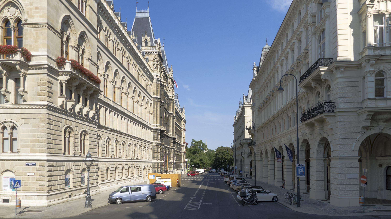 Wien 01 Lichtenfelsgasse a.jpg
