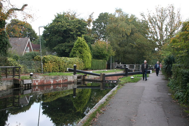Woodham Lock No 3, Basingstoke Canal - geograph.org.uk - 585906
