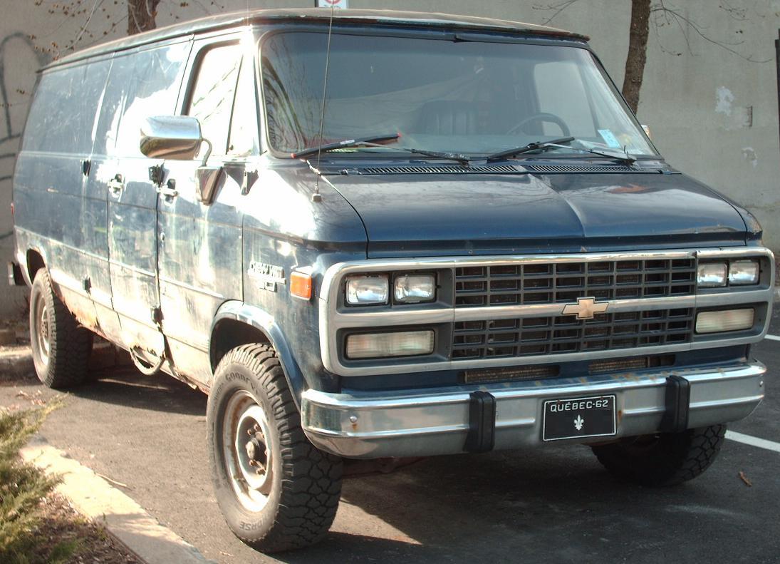 All Chevy 96 chevy : File:'92-'96 Chevy Van LWB.JPG - Wikimedia Commons