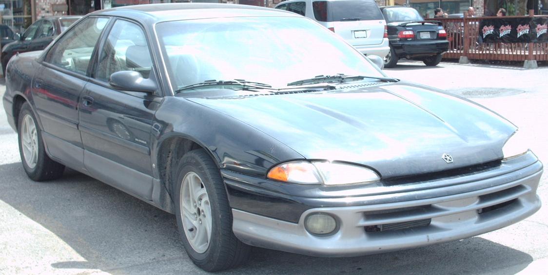 File:'93-'94 Chrysler Intrepid.jpg - Wikimedia Commons
