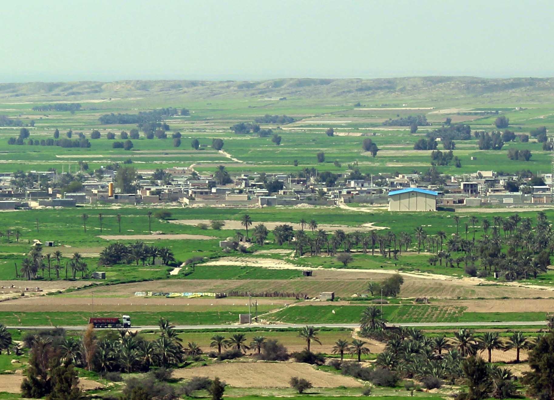 آباد (تنگستان)