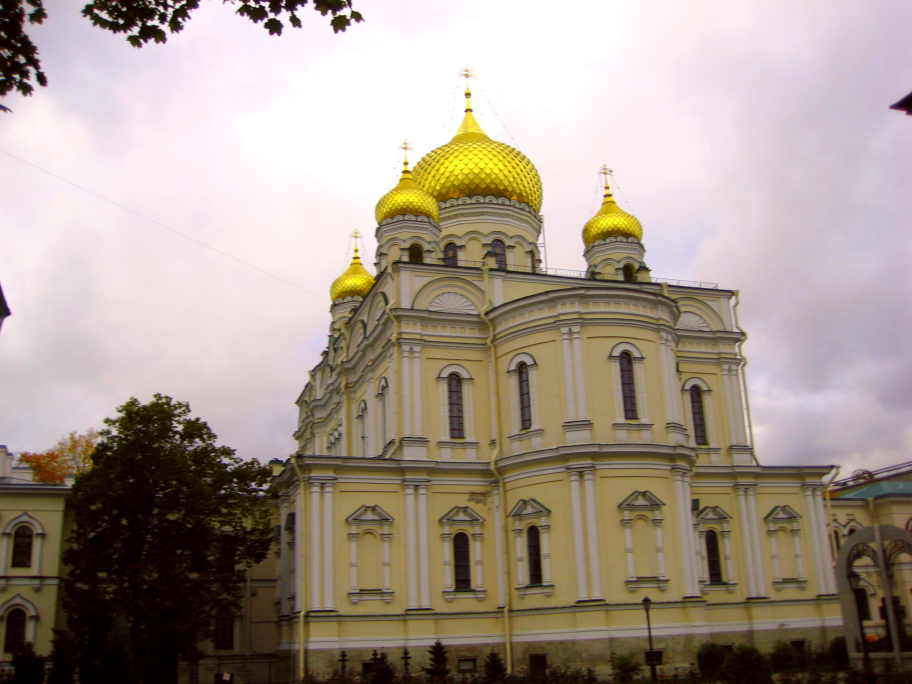 Resurrection Novodevichy Convent in St. Petersburg 80