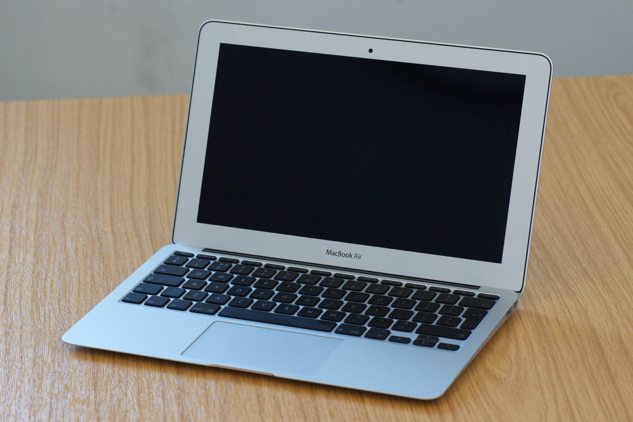 MacBook Air — Википедия d52e8951df789