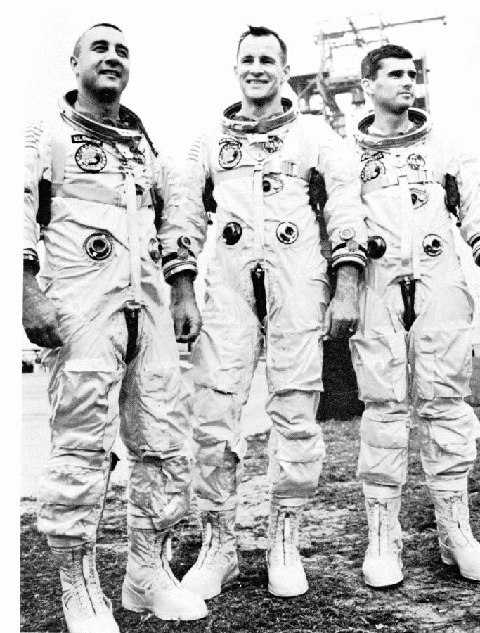astronauts apollo 1 - 683×900