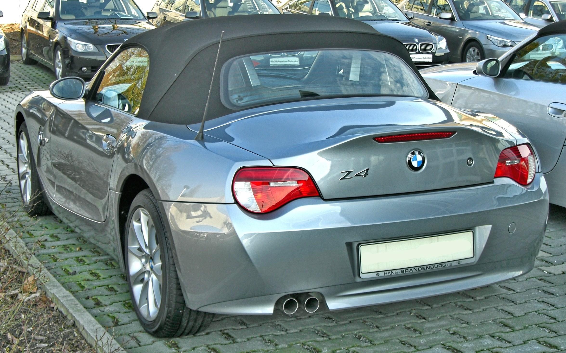 File:BMW Z4 Facelift 20090321 rear-1.jpg - Wikimedia Commons