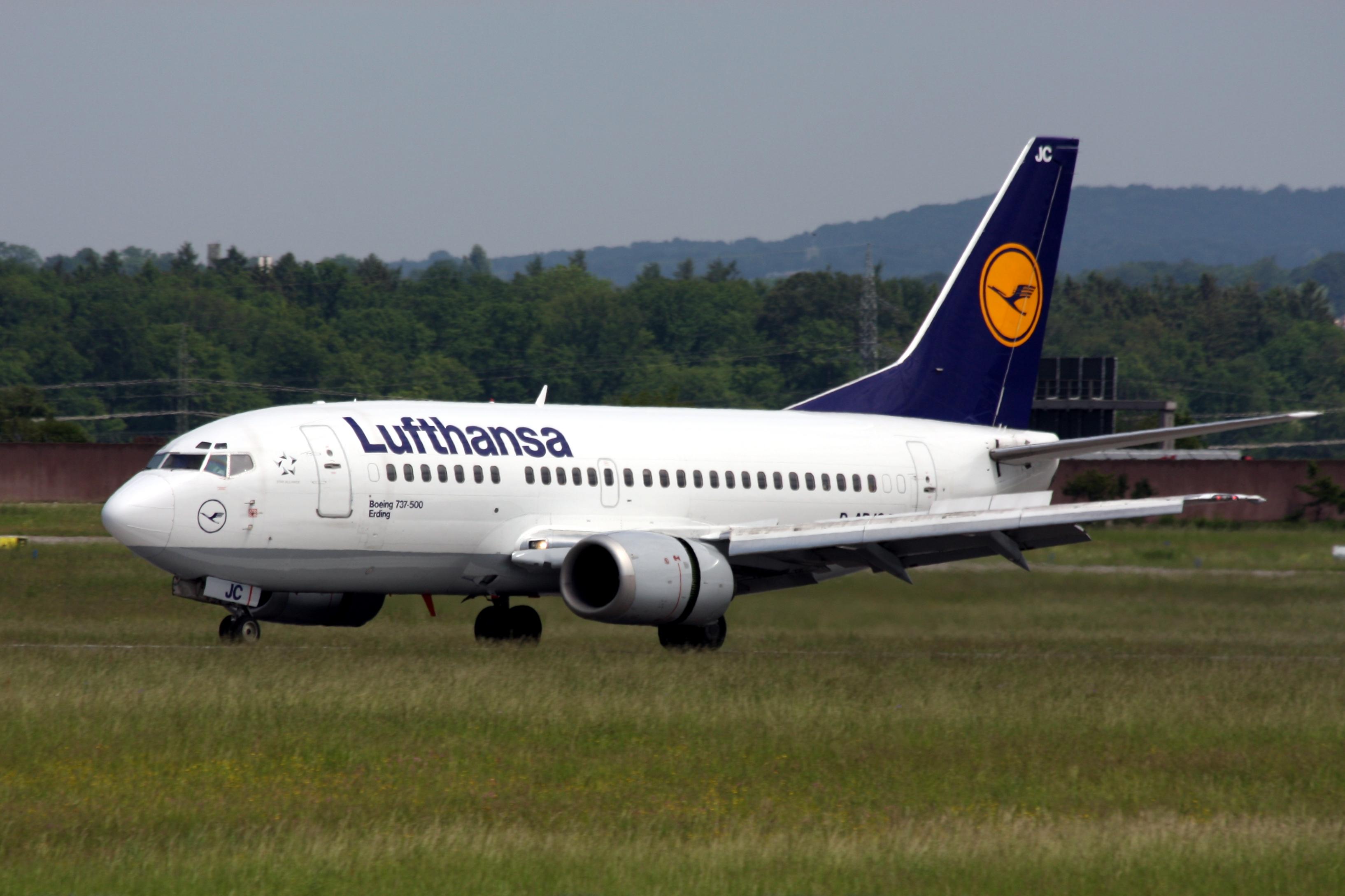 File Boeing 737 500 Lufthansa 3554928380 Jpg Wikimedia Commons