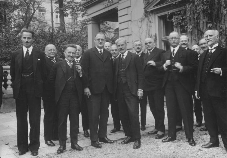 kabinett mller i wikipedia - Was Ist Ein Kabinett