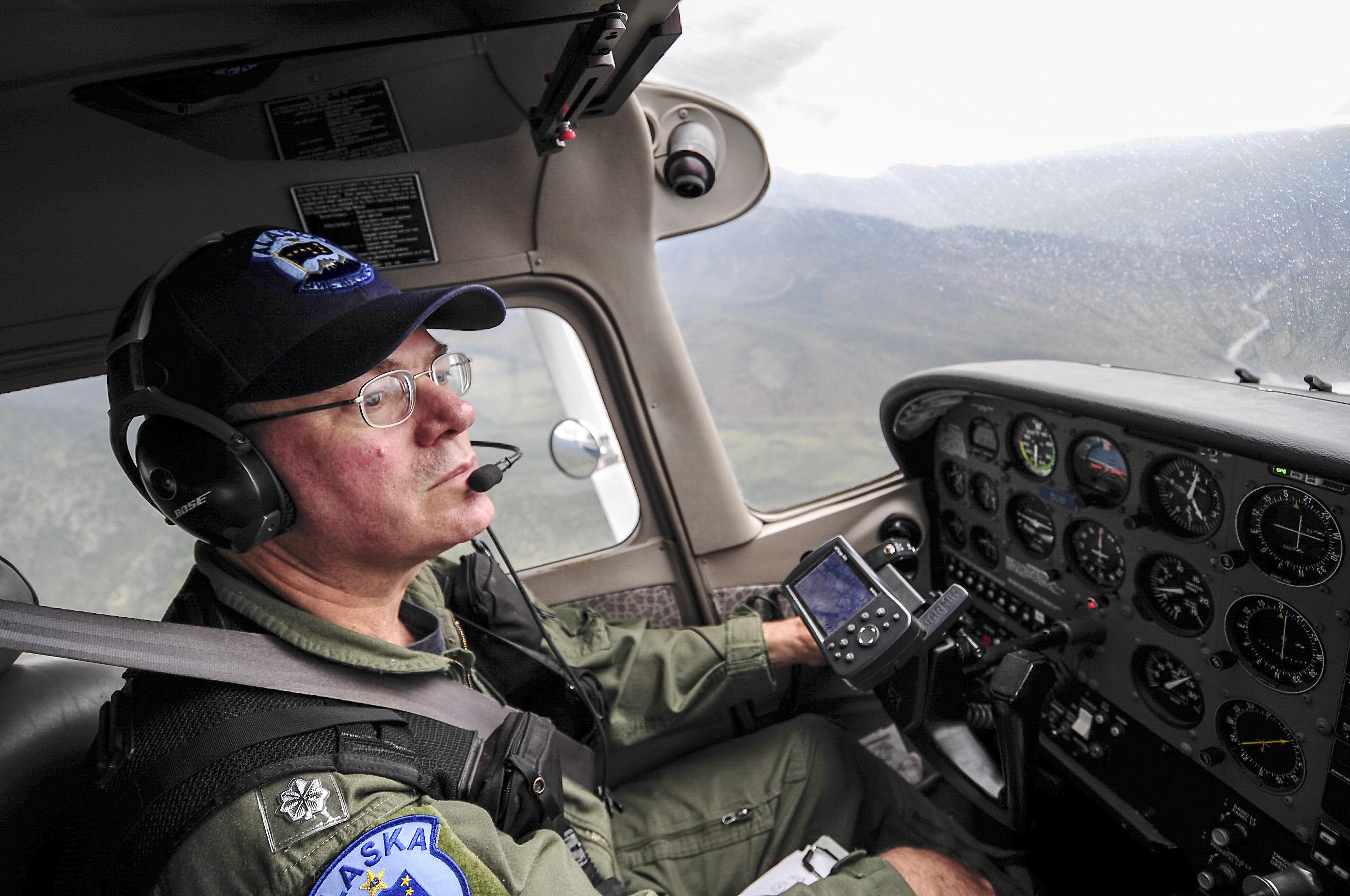 File:Cessna 172 Mark Biron, Alaska Wing CAP, piloting jpg