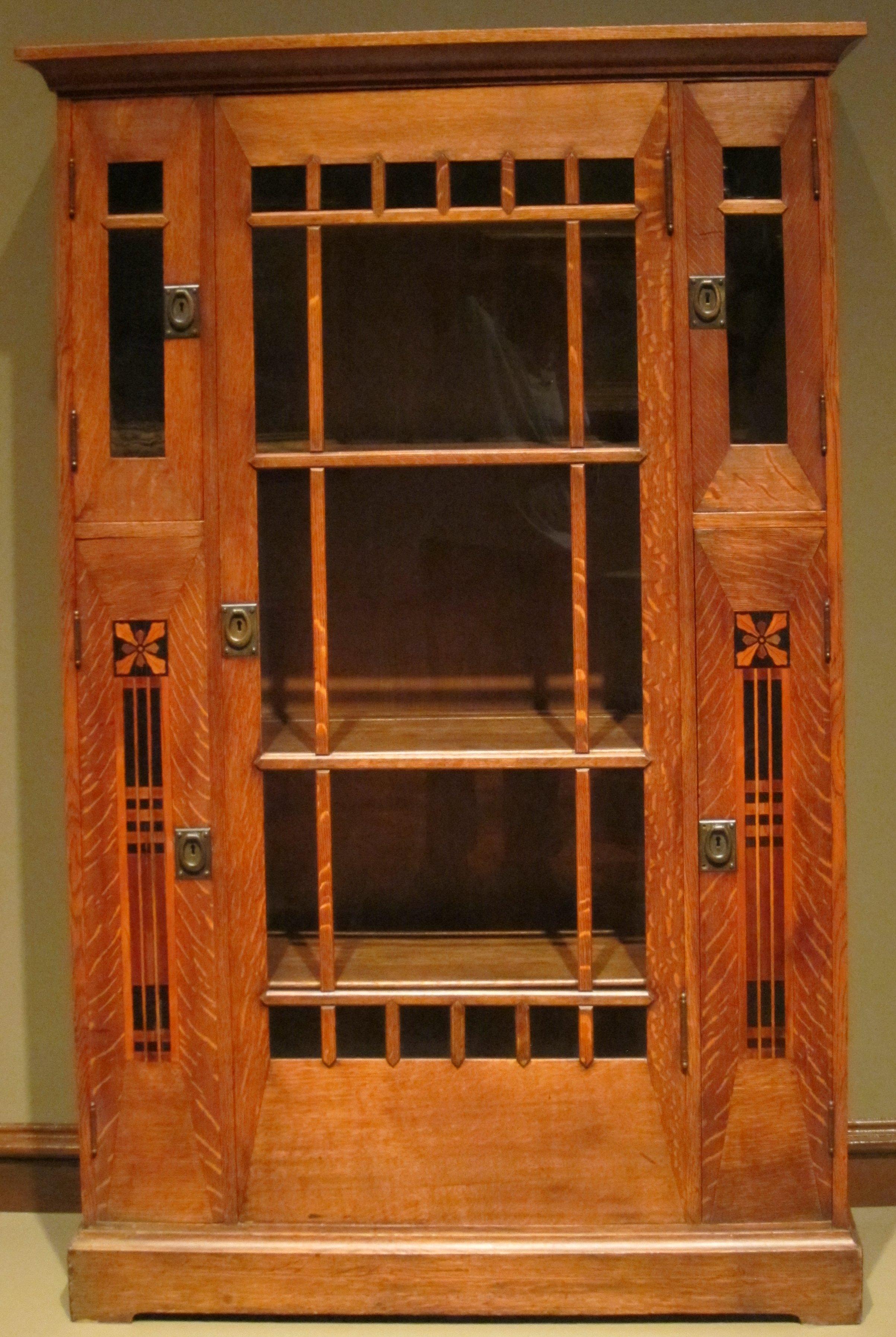 File:China Closet, Shop Of The Crafters, Cincinnati, Ohio, Dayton Art