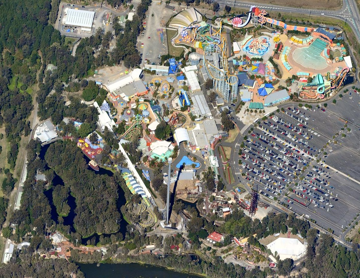 Filedreamworld and whitewater world aerial july 2011g filedreamworld and whitewater world aerial july 2011g gumiabroncs Choice Image
