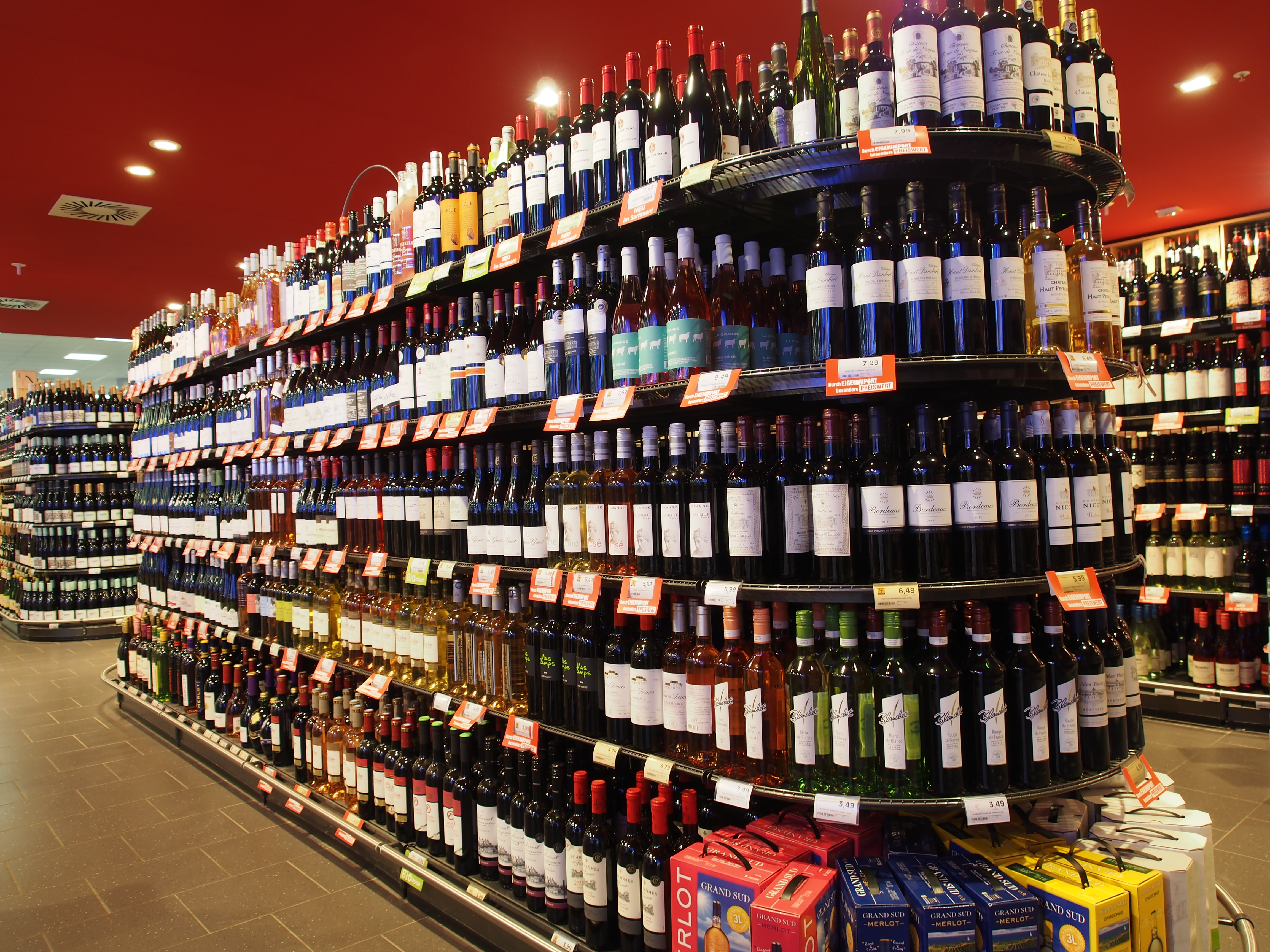 File:Edeka, Cité, Baden-Baden, Alkoholische Getränke Bild 3.JPG ...