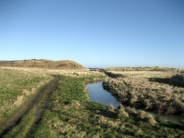 Embleton Burn - geograph.org.uk - 683094