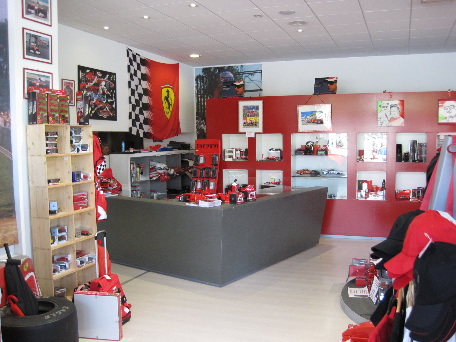 File Ferrari shop in Maranello 0020.JPG - Wikimedia Commons 18a8953a27