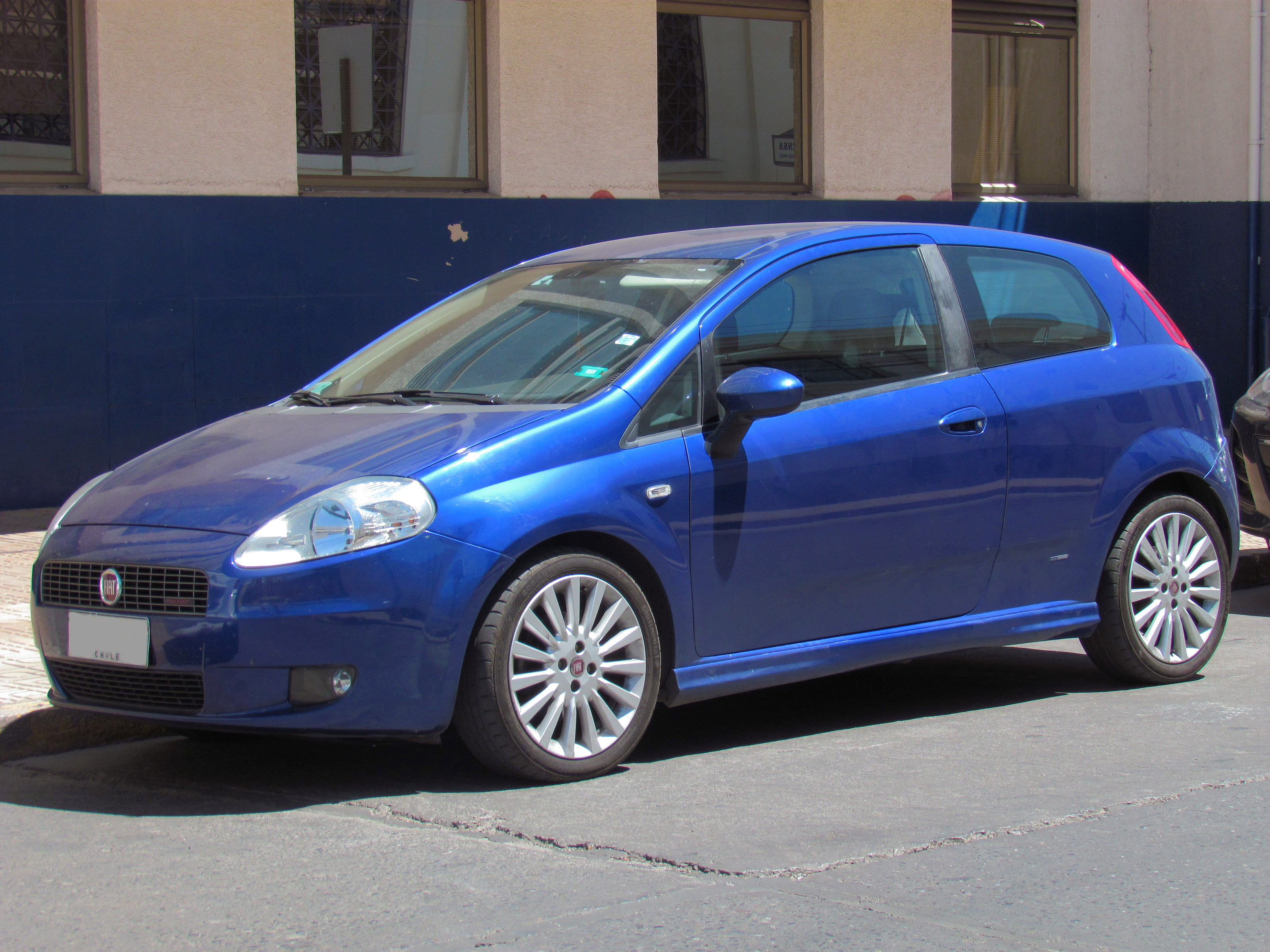 file fiat grande punto 1 9 sporting 2008 12295342094 jpg wikimedia commons. Black Bedroom Furniture Sets. Home Design Ideas