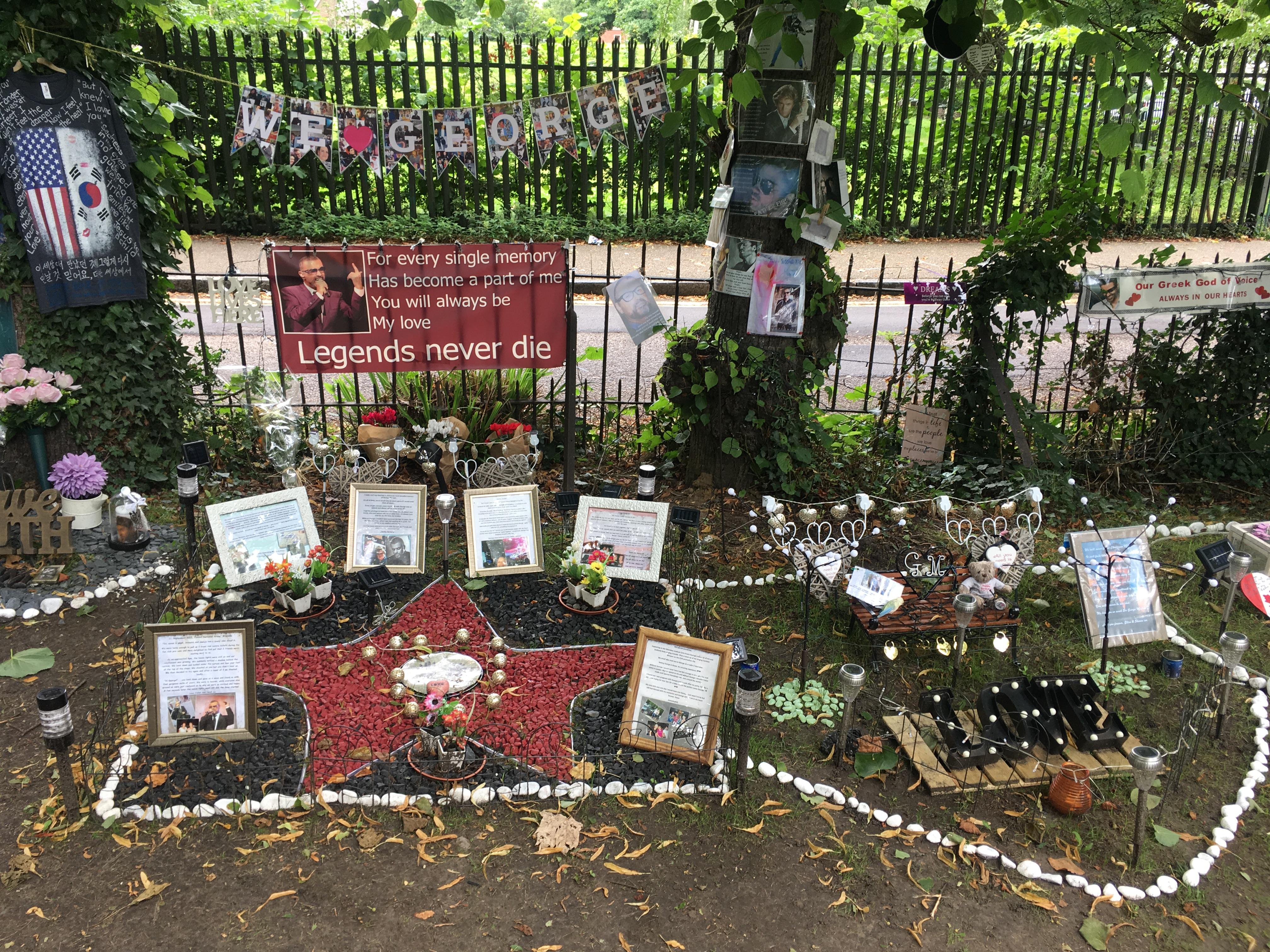 File George Michael Memorial Garden Highgate July 2017 4 Jpg