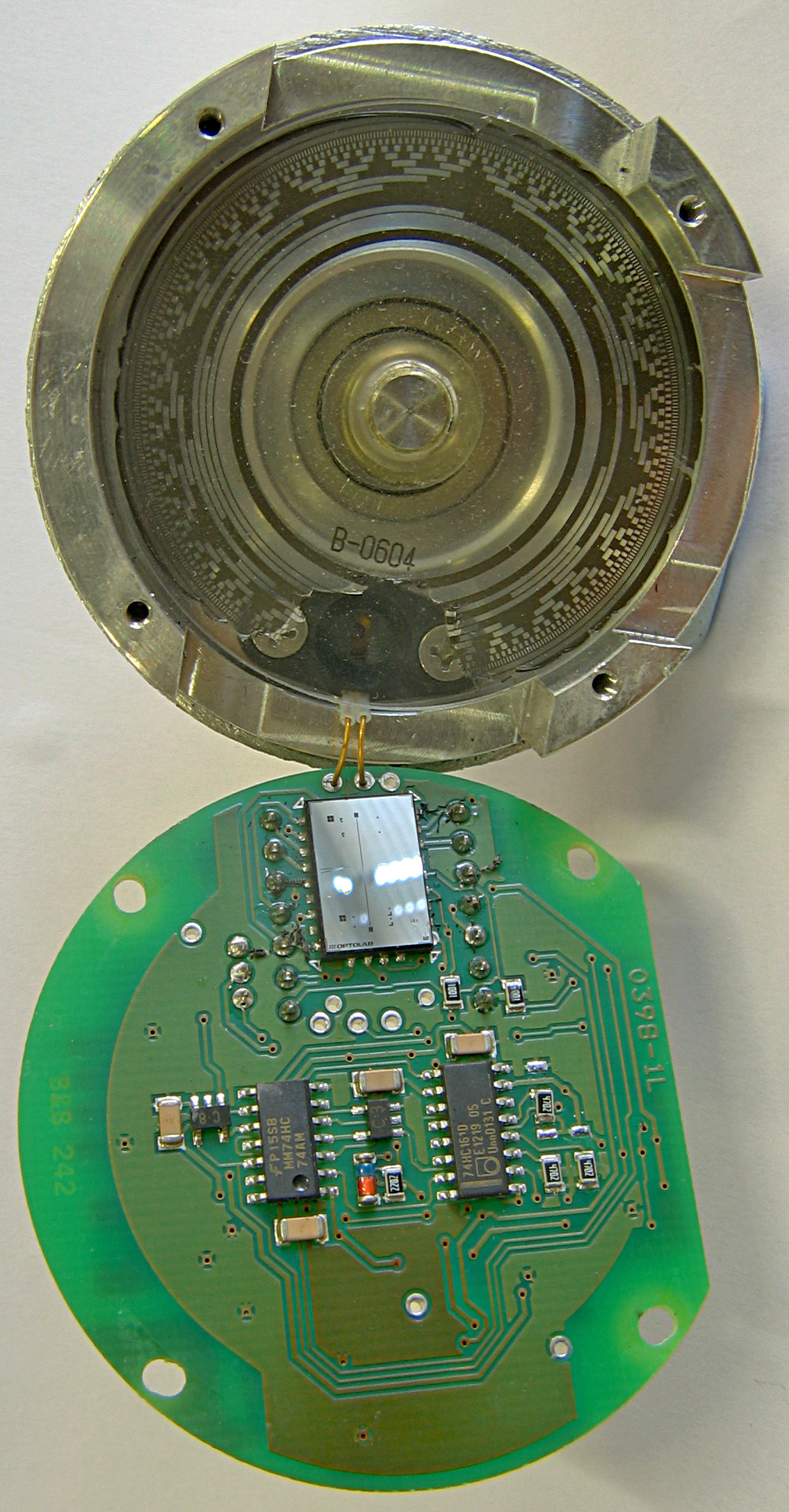 Rotary Encoder Wikipedia The Circuit Above Is A Light Sensor That Means Must Shine Into