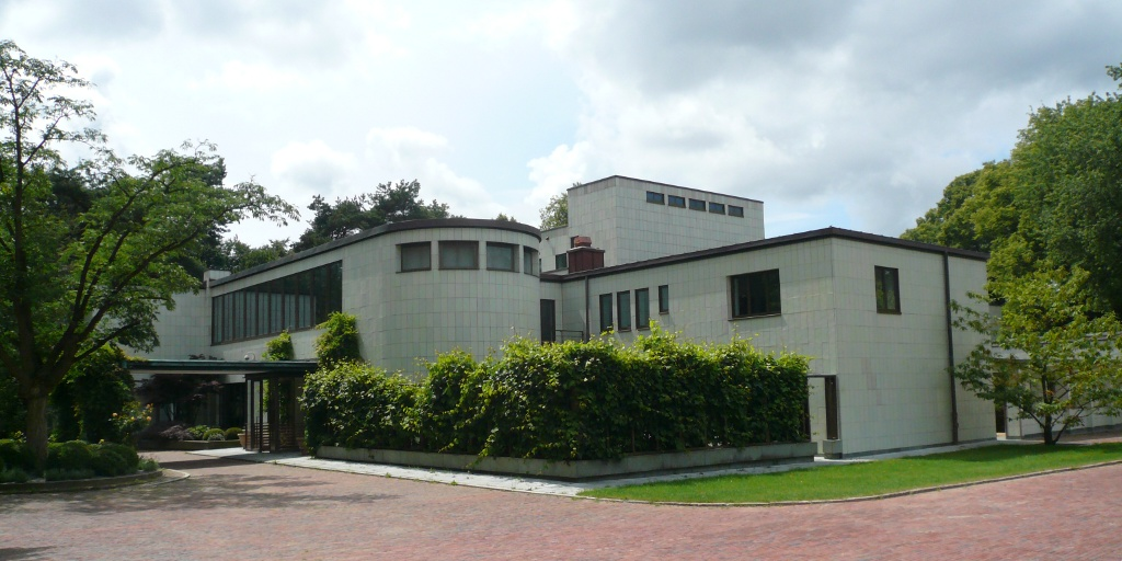 Haus K. in O. – Wikipedia