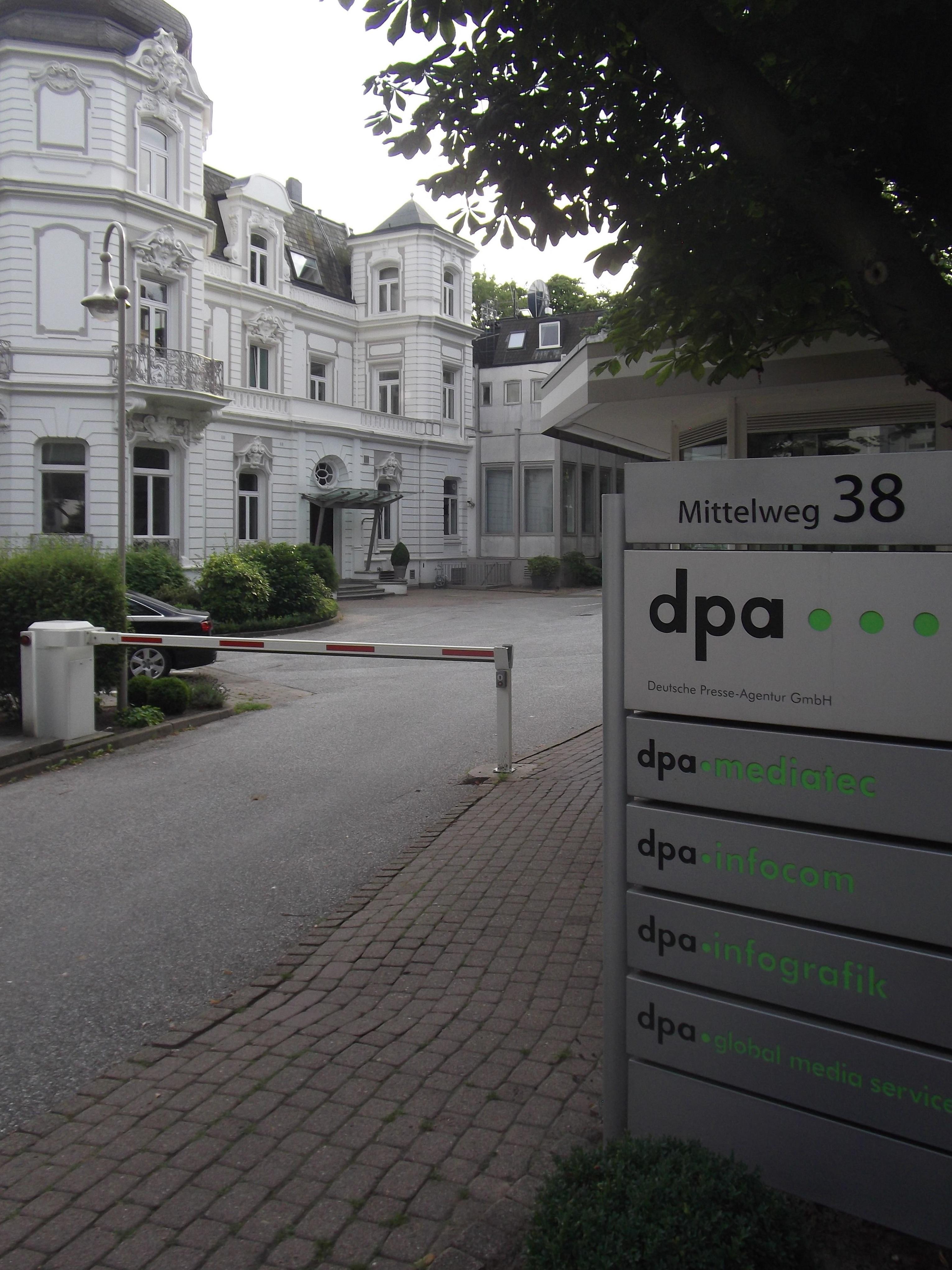 dpa corporate headquarters at Mittelweg in [[Rotherbaum