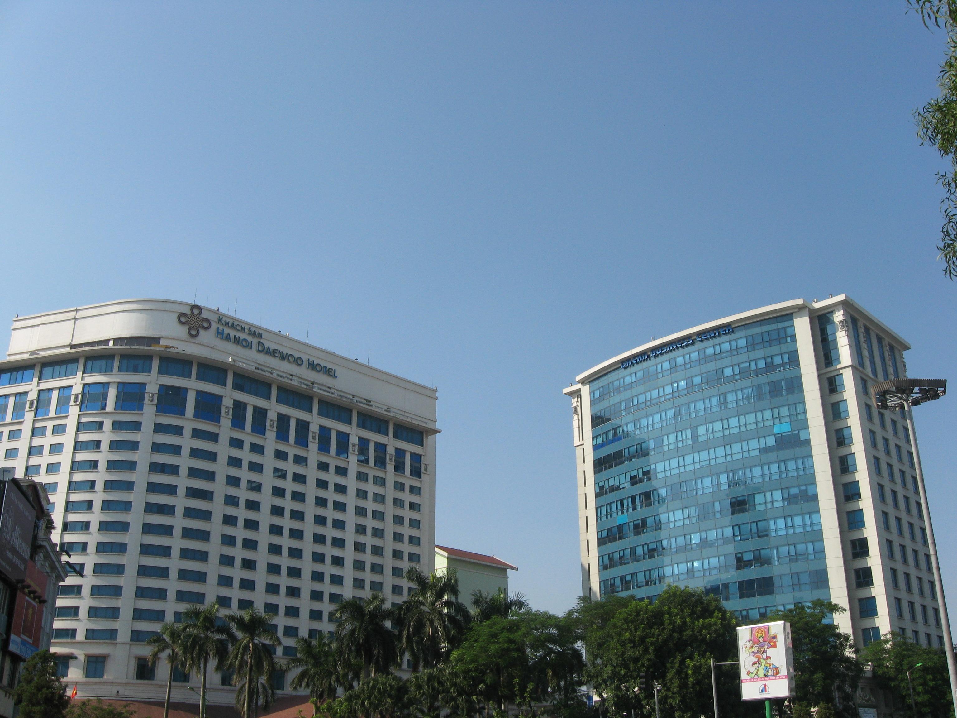 File:Hanoi Daewoo Hotel.JPG - Wikimedia Commons