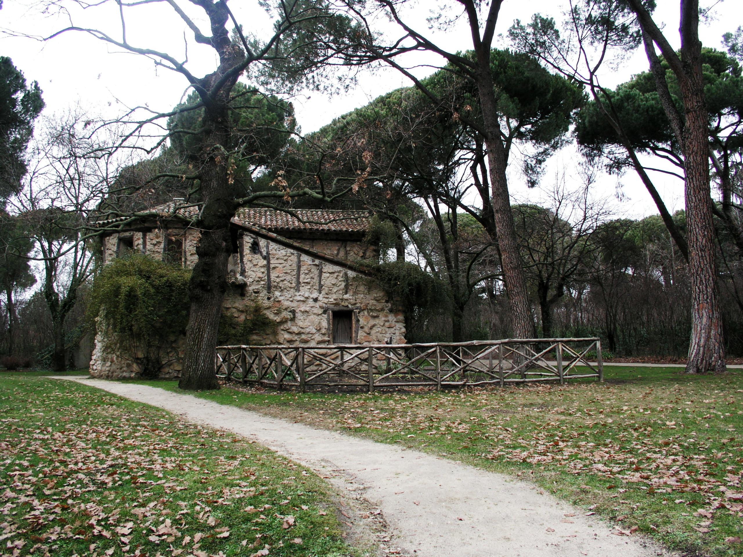File jardin el capricho casa de la wikimedia for Casa jardin madrid