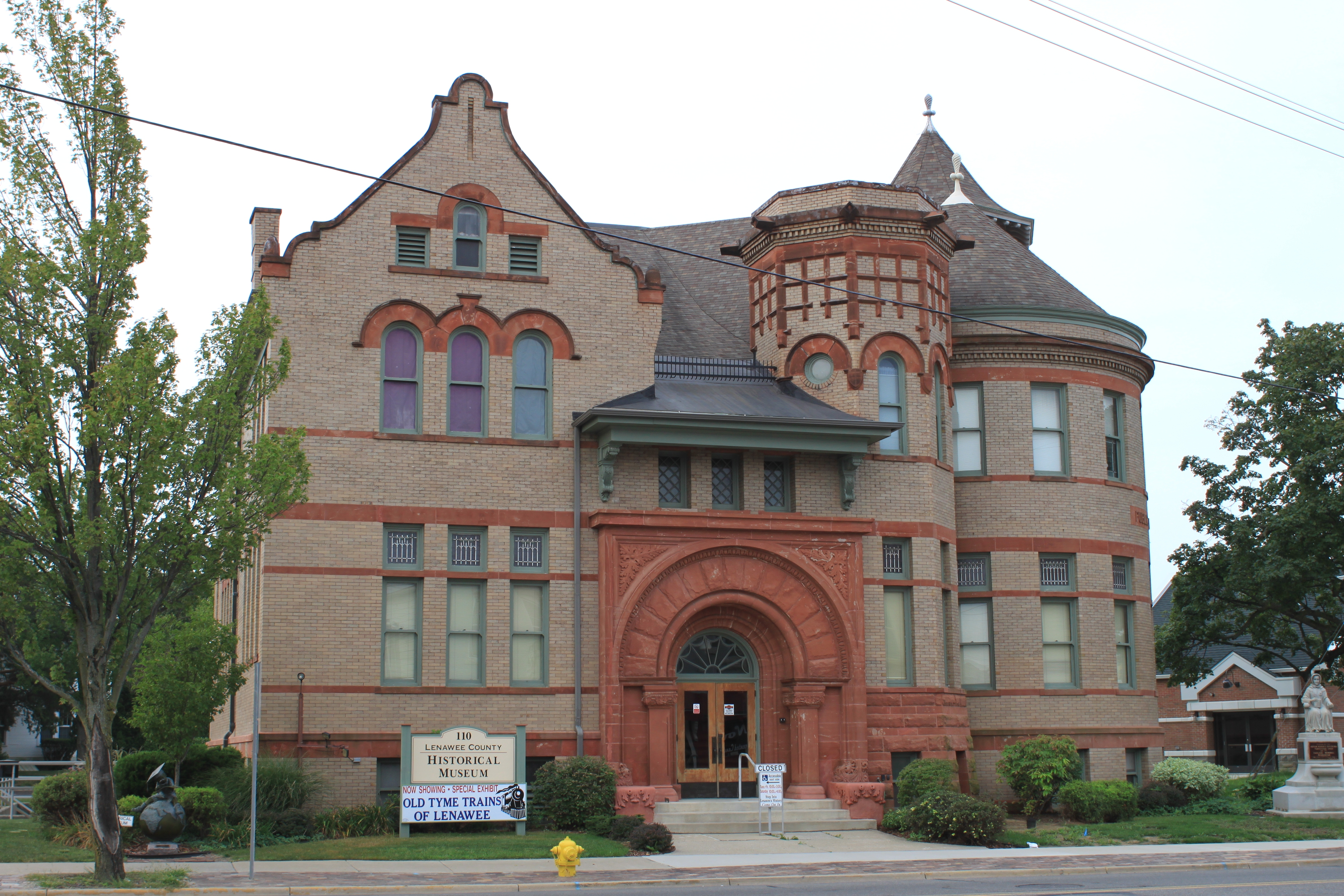 lenawee county The lenawee county historical society has completed a yearlong project that will expand and promote deeper understanding of two major ethnic groups in lenawee: germans and latinos.