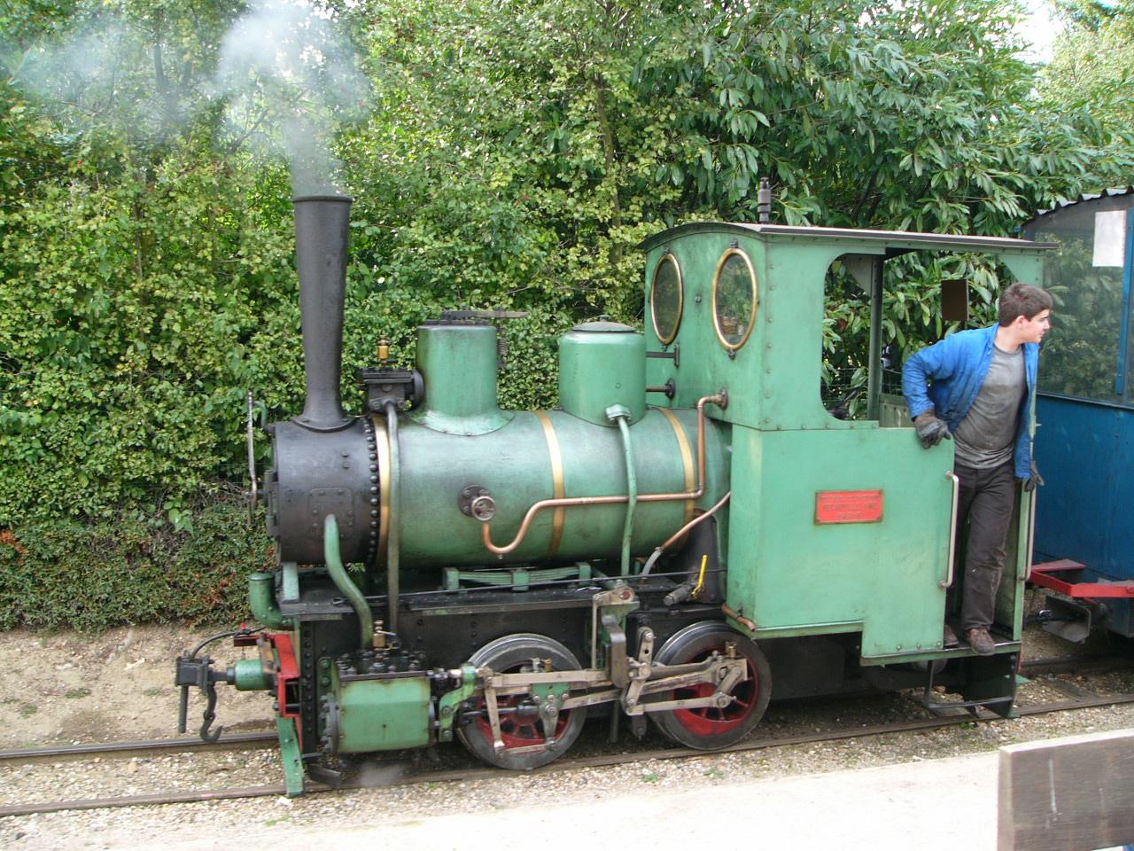 Thomas The Engine Cream Cake