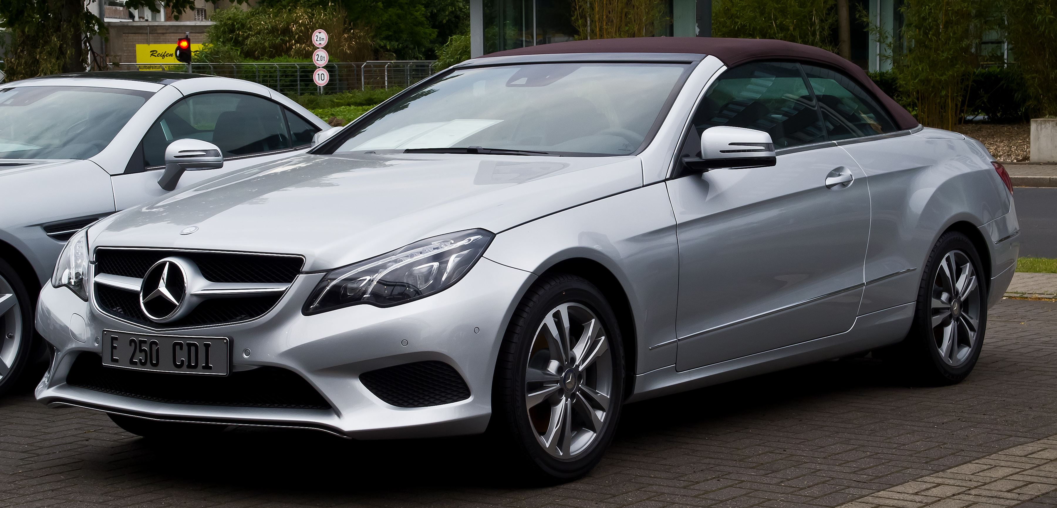 mercedes benz e 250 cdi cabriolet a 207 facelift frontansicht 13 juni 2014. Black Bedroom Furniture Sets. Home Design Ideas
