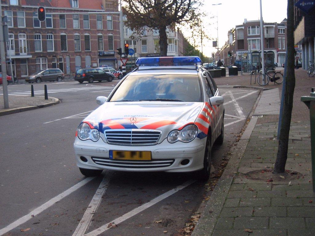File Mercedes Benz Politie Haaglanden Jpg Wikimedia Commons